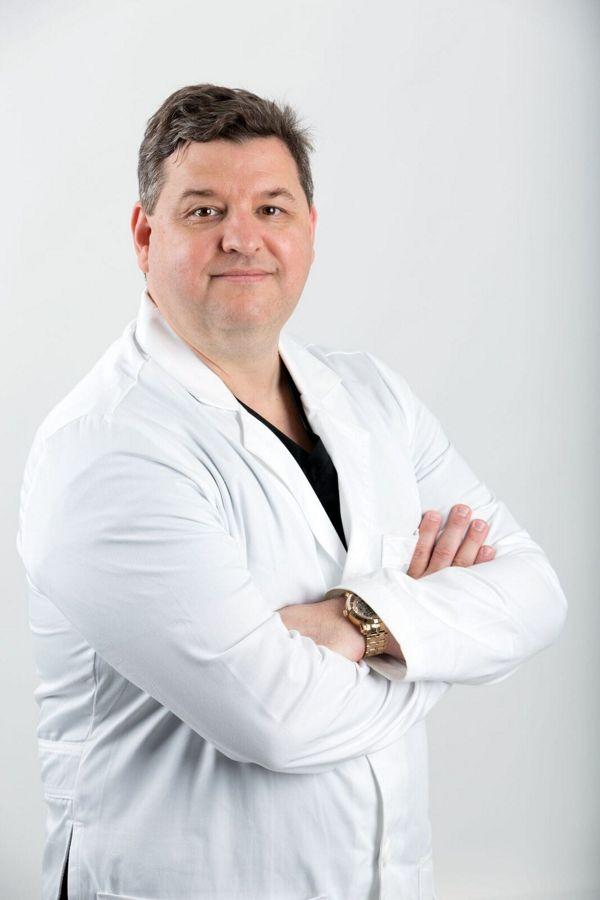 Dr. Everardo Treviño Ortiz